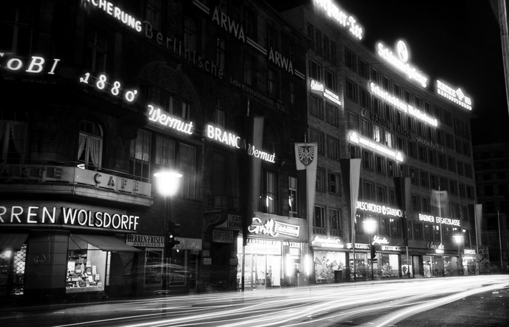 FRANKFURT BEI NACHT 1955 SCHWARZ WEISS AUFNAHMEN