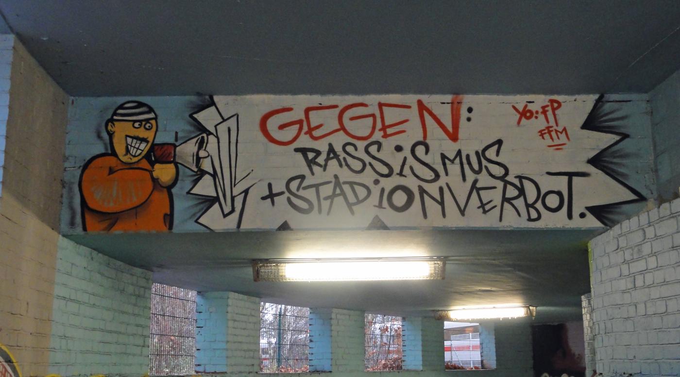 Eintracht Frankfurt gegen Rassismus + Stadionverbot