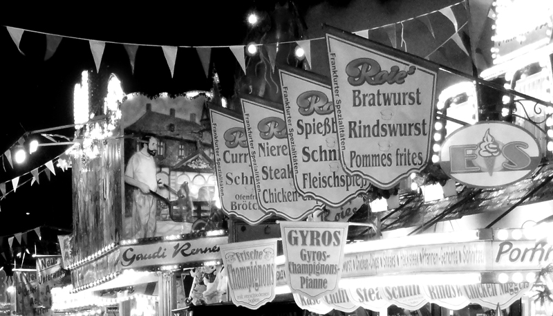 Dippemess in schwarz-weiß Fotos