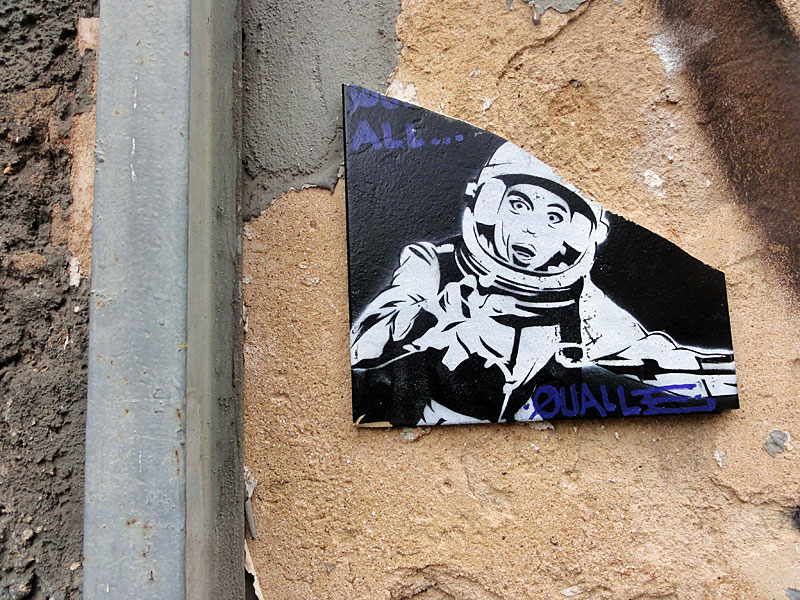 Astronaut-Qualle-Kachel-Streetart-Frankfurt