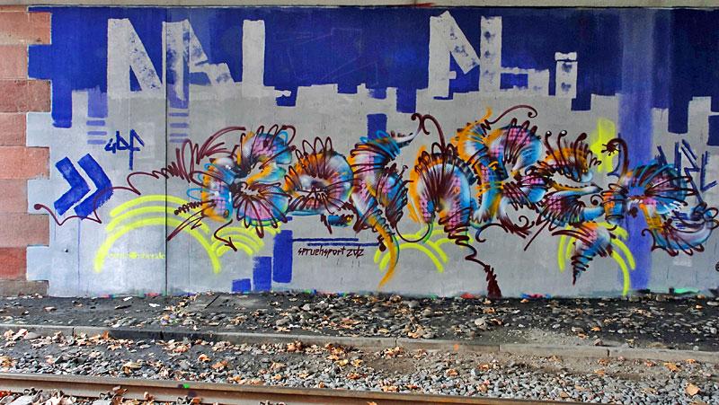 Bomber-Sprühsport-Graffiti-Friedensbrücke-Frankfurt