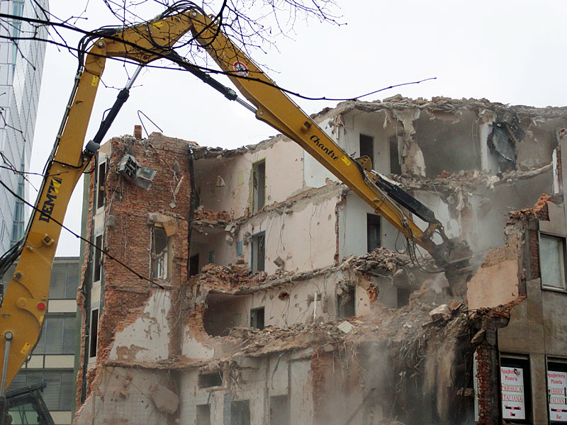turmkino-wird-abgerissen