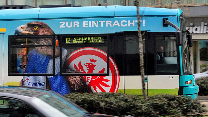 eintracht-frankfurt-straßenbahn-vgf-frankfurt-1