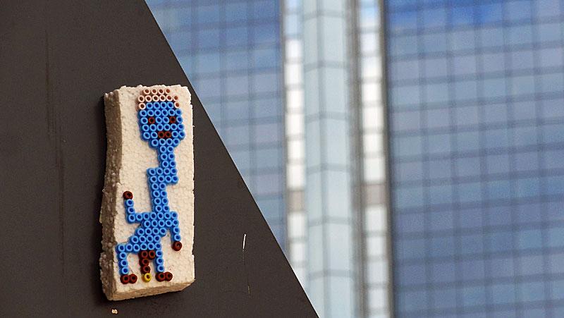 perler-beads-streetart-frankfurt-snif-nibelungenplatz