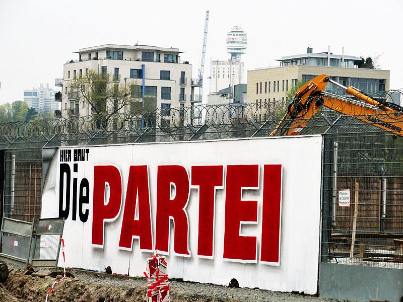 Hier-baut-Die-Partei-Henninger-Turm