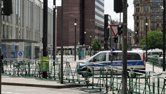 blockupy-frankfurt-absperrungen-2