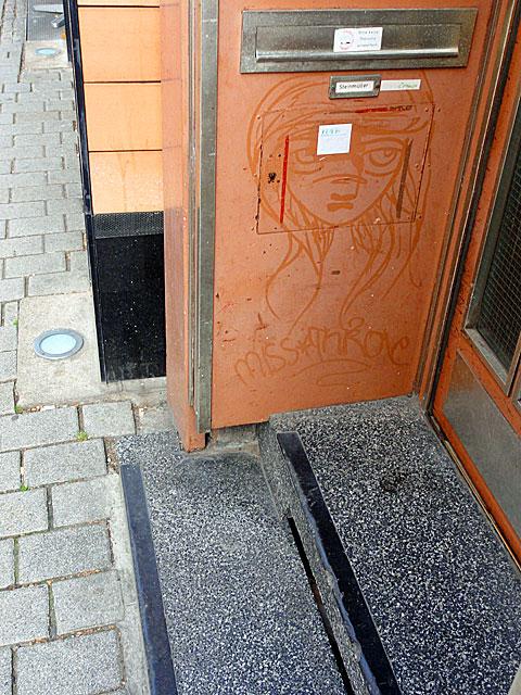 miss-streetart-frankfurt-bockenheim