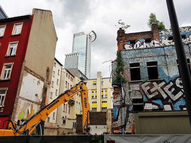 ottostraße-graffiti-haus-2