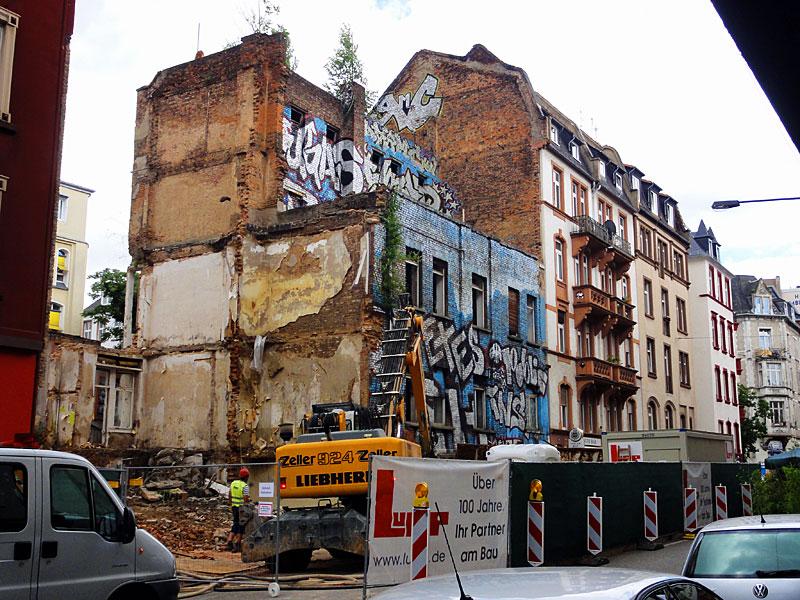 ottostraße-graffiti-haus-3