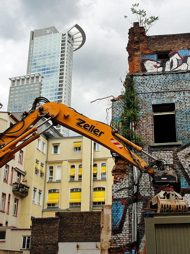 ottostraße-graffiti-haus-4