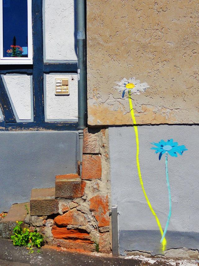 streetart-in-marburg-blumen