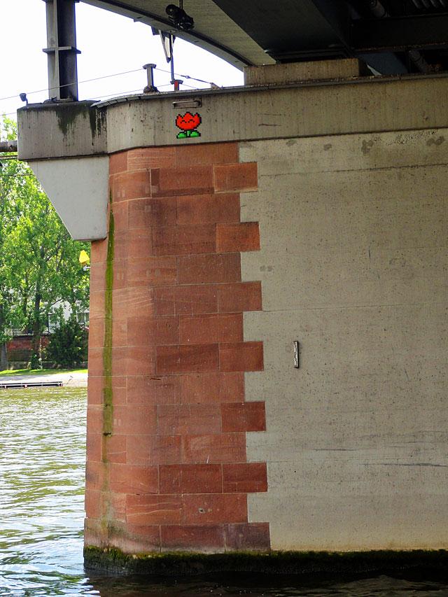 sur l'eau frankfurt streetart 1