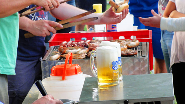 Gegrilltes-und-Bier