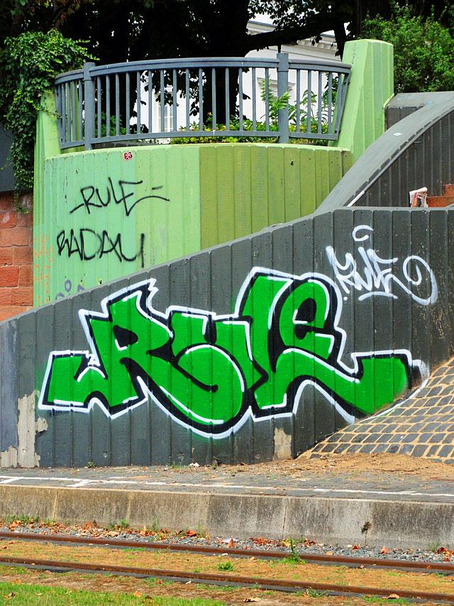 rule-graffiti-frankfurt