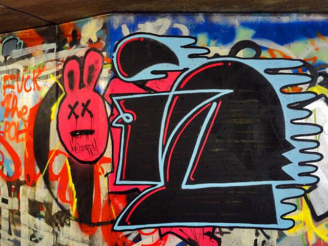 bonz-3-graffiti-frankfurt-ostend