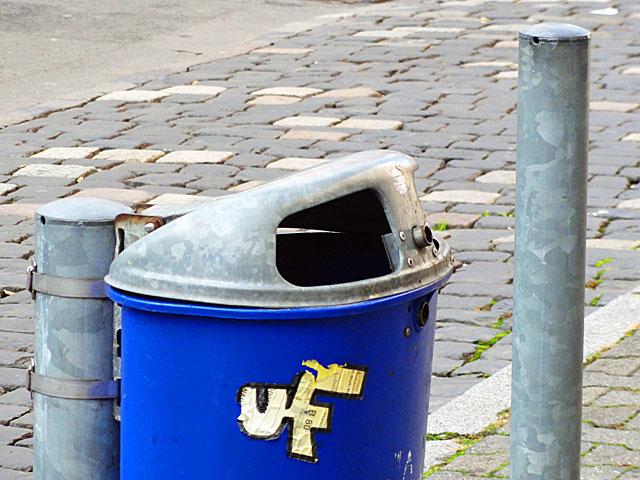 eintracht-frankfurt-fanaufkleber-007