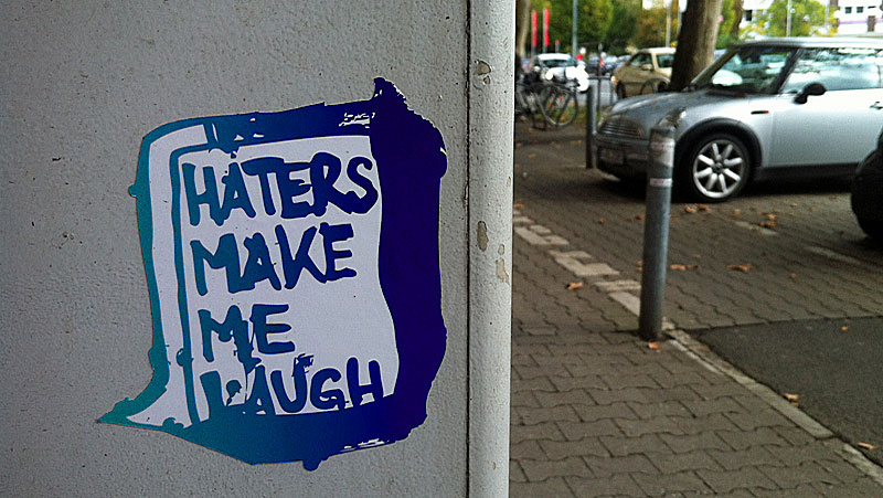 haters-make-me-laugh-sticker-frankfurt