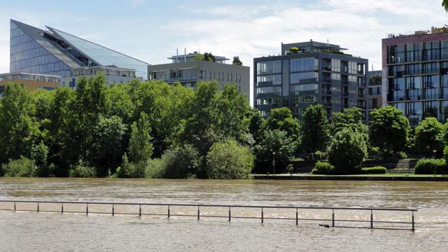hoch-wasser-in-frankfurt-2013-1