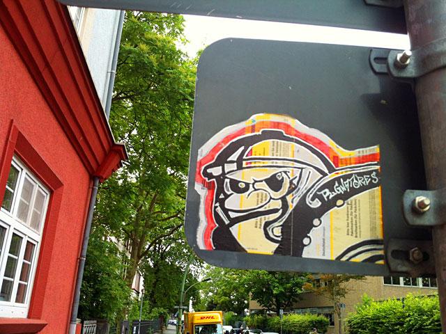 fsv-frankfurt-streetart-pugnatores-paketkarte-2
