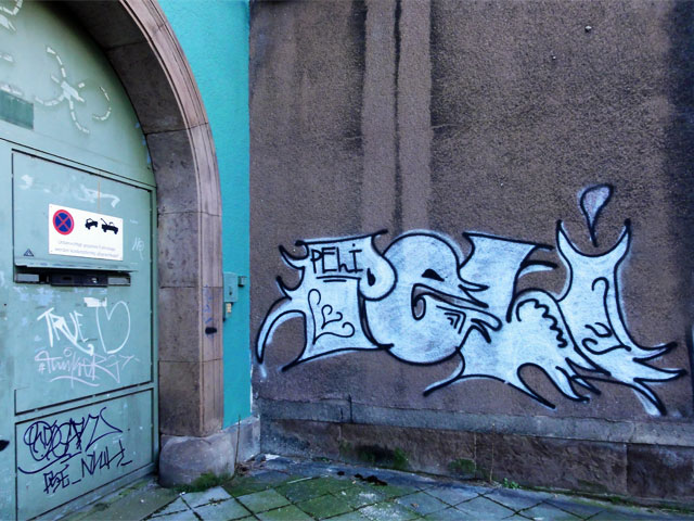 graffiti-in-offenbach-nähe-hauptbahnhof-peli