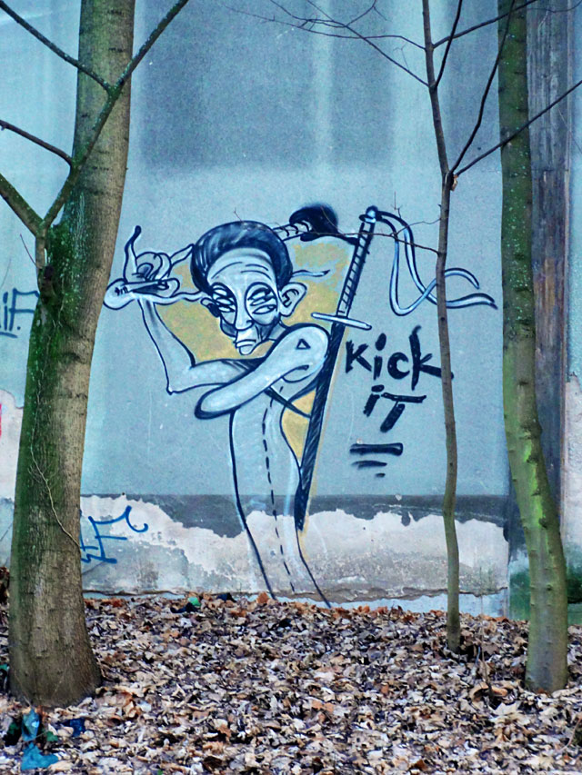 graffiti-in-offenbach-nähe-hauptbahnhof-kick-it