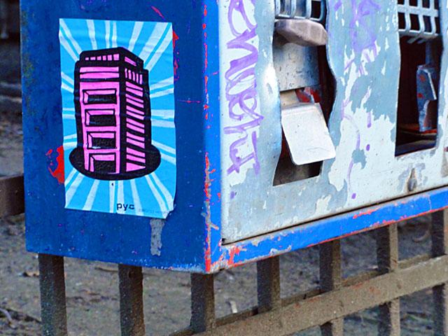 pyc-sticker-street-art-frankfurt-8
