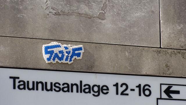 bügelperlen-streetart-frankfurt-snif