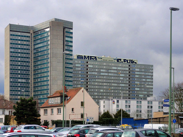 cpuk-imr-graffiti-offenbach-rooftop-schwarz-copyright-stadtkindfrankfurt