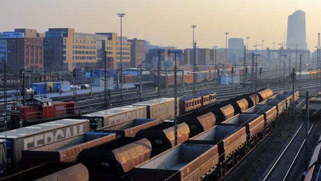 frankfurt-fotos-gleisfeld