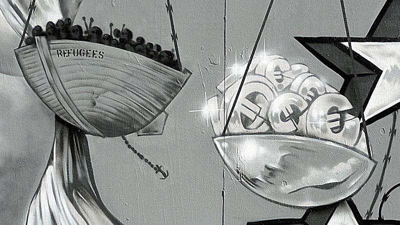 graffiti-ecb-frankfurt-refugees-euro