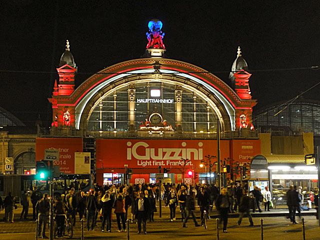 luminale-2014-hauptbahnhof-frankfurt-fassaden-illumination