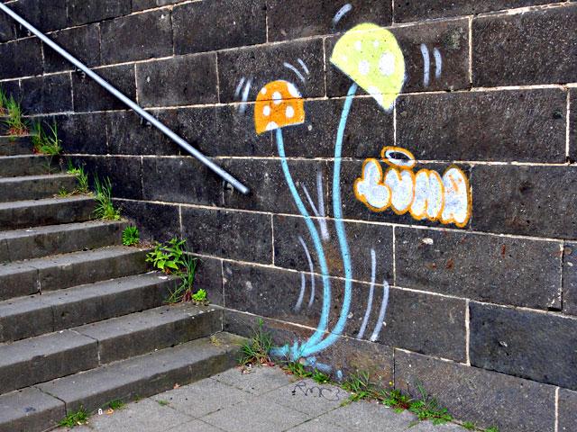 luna-pilze-streetart-frankfurt-2