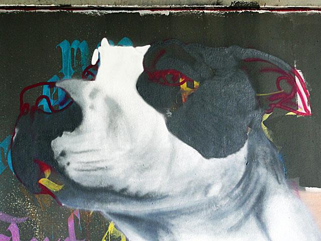 FRANKFURT-GRAFFITI-hunde-friedensbrücke-foto-17