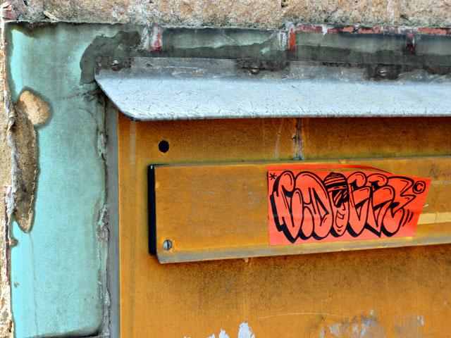 frankfurt-street-art-sticker-cdogg-1