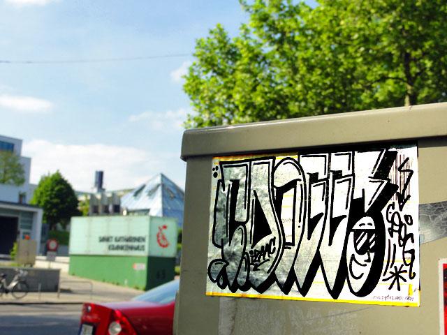 frankfurt-street-art-sticker-cdogg-10