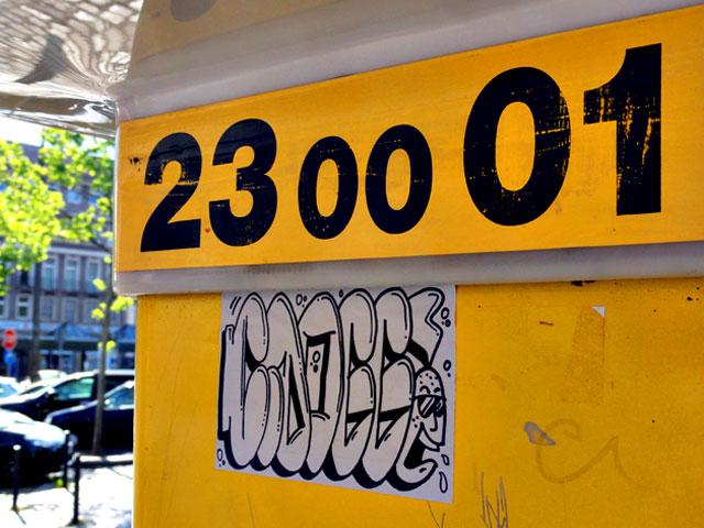 frankfurt-street-art-sticker-cdogg-3