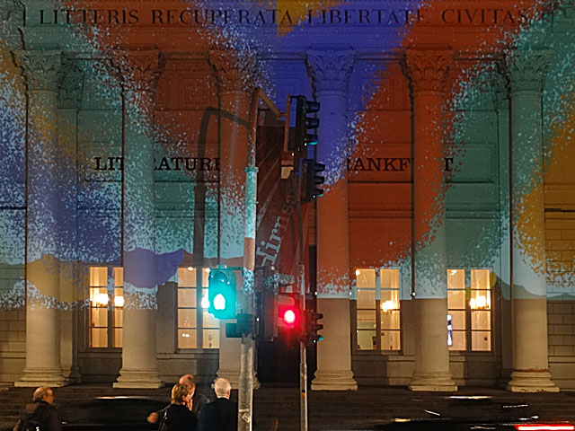 luminale-2014-frankfurt-paint-the-literaturhaus