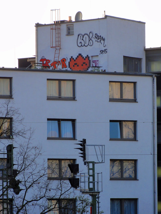 rooftop-frankfurt-gallus-roam-sur-leau-crew