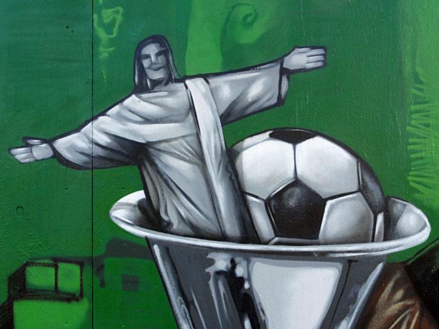B-FREE-GRAFFITI-FRANKFURT-FIFA-BRASILIEN-5