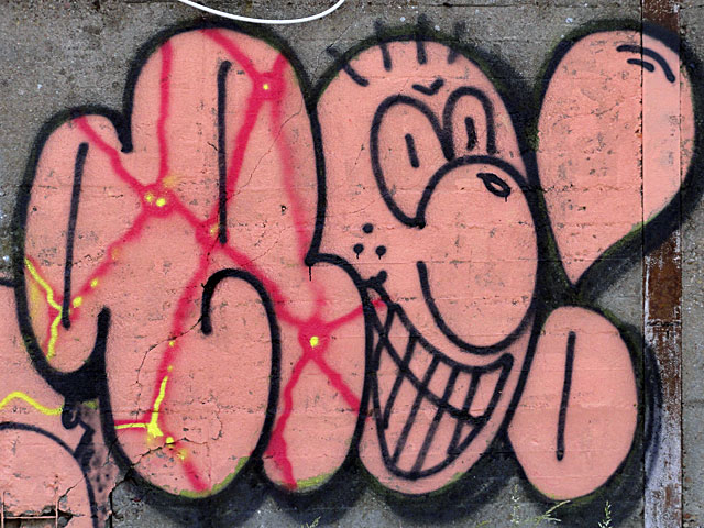 GRAFFITI-FRANKFURT-OSTEND-HAFEN-RO