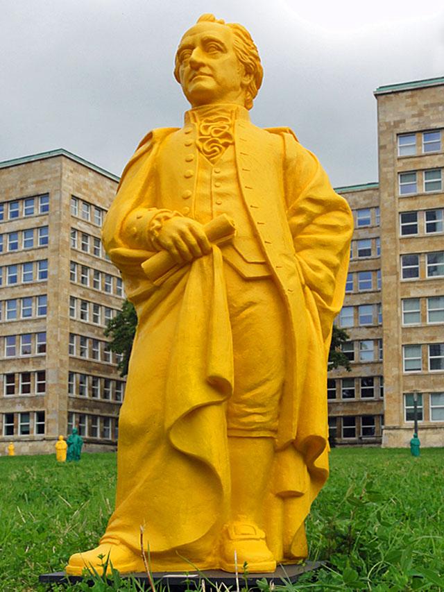 goethe-skulptur-uni-frankfurt-campus-westend-04