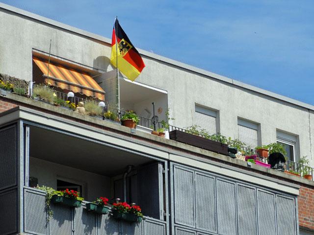 wm-2014-fahnen-in-frankfurt-deutschland