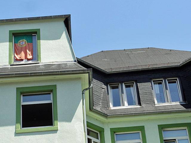 wm-2014-fahnen-in-frankfurt-portugal