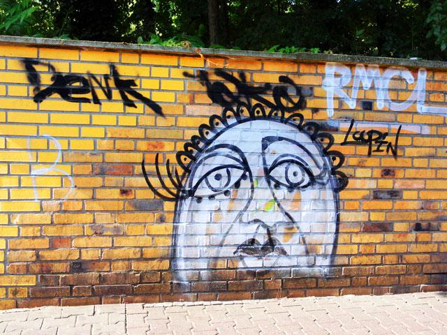 GRAFFITI-IN-FRANKFURT-2014-LOOPIN-FOTO-08