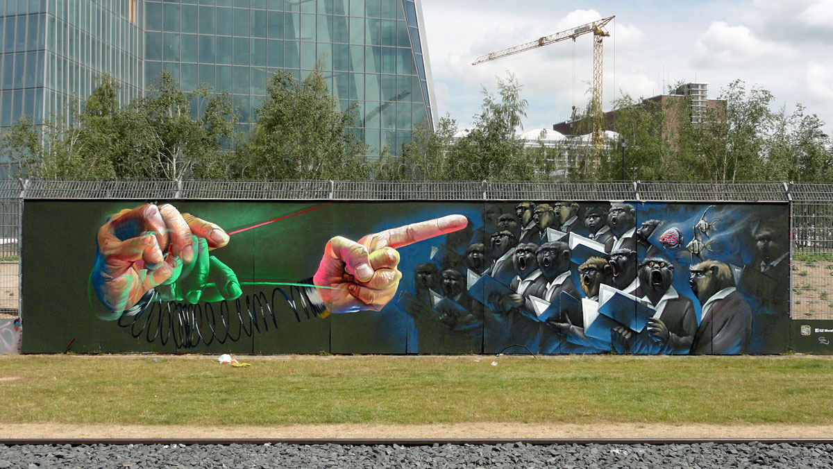 Graffiti in Frankfurt - Freiluftgalerie am Bauzaun der EZB / Case Ma'Claim + Guido Zimmermann