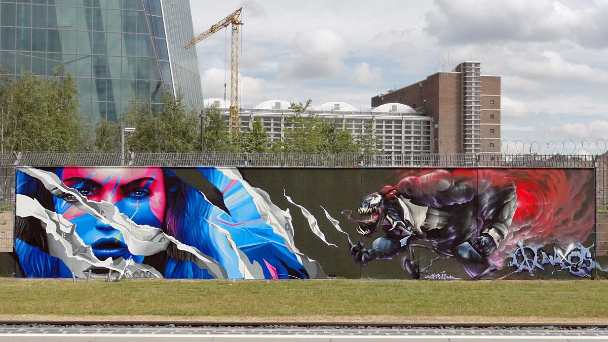 "Graffiti in Frankfurt - Freiluftgalerie am Bauzaun der EZB / Justus ""Cor"" Becker + Naxos"