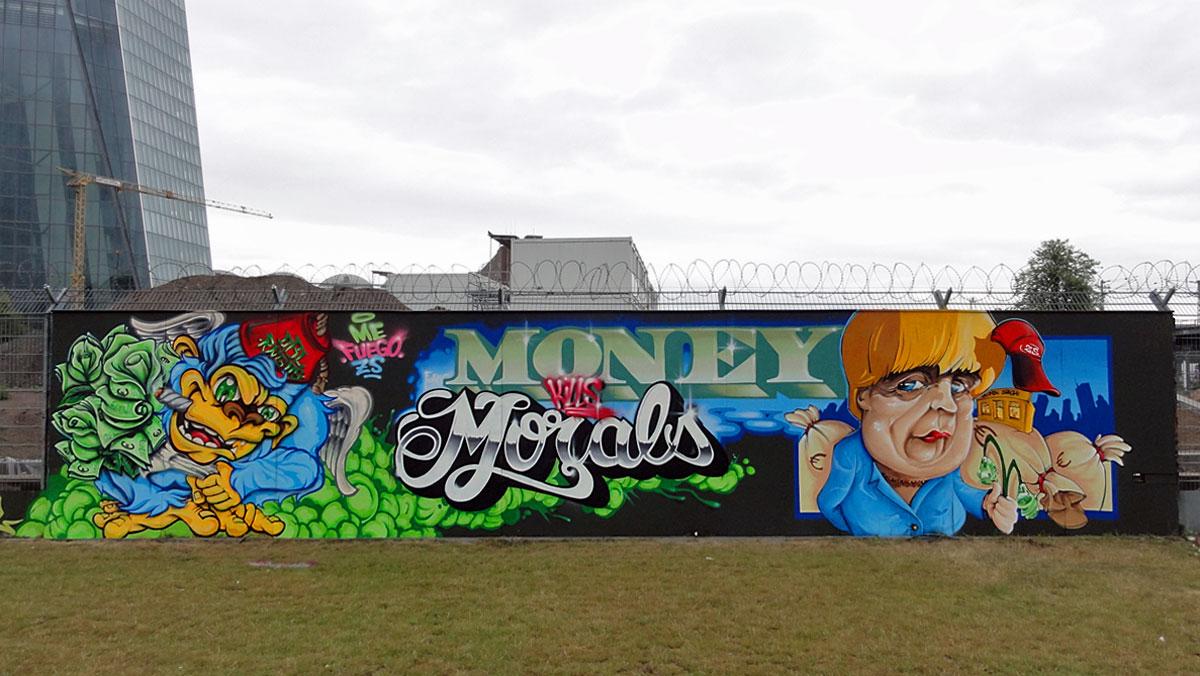 Graffiti in Frankfurt - Freiluftgalerie am Bauzaun der EZB / Me + Fuego + ZS