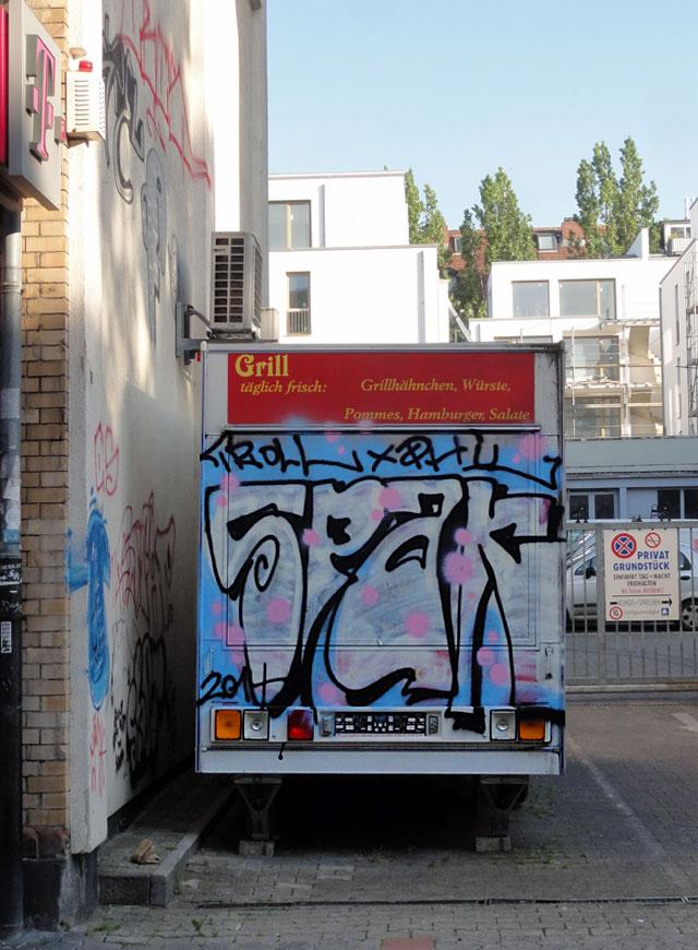 Hähnchen, Pommes und Graffiti mit SPAK
