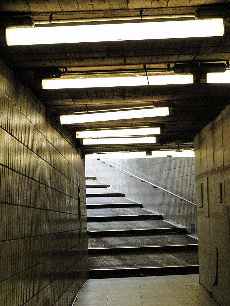 Foto der Unterführung an der U-Bahn-Station Miquel- / Adickesallee 1