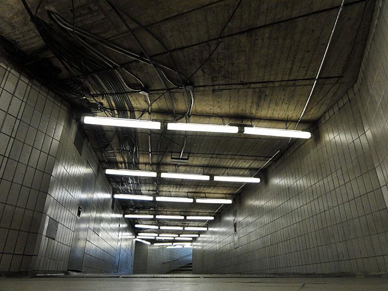 Foto der Unterführung an der U-Bahn-Station Miquel- / Adickesallee 3